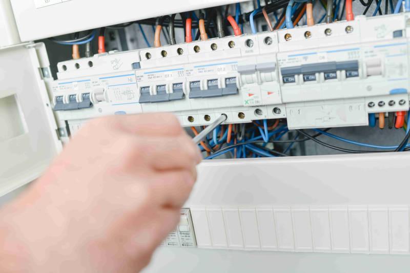 Przemysłowe instalacje elektryczne - oferta