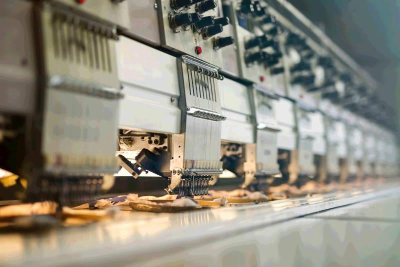 Automatyka przemysłowa - linia produkcyjna grafika