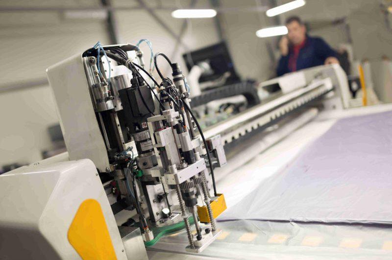 Produkcja maszyn przemysłowych dla przemysłu włokienniczego